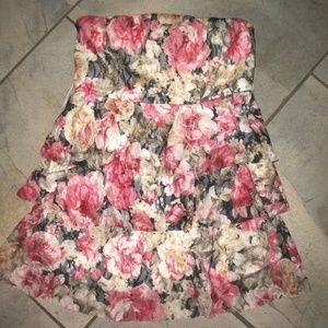 Rachael & Chloe Tiered Ruffled Floral Print Dress